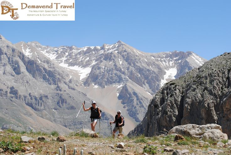 Women trekking in the Taurus Mountains with Demavend Travel in Turkey.