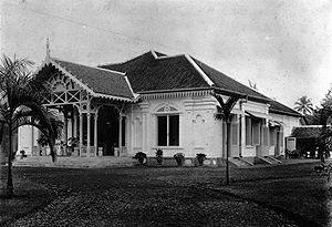 Rumah dinas direktur Pabrik Gula Purwokerto di tahun 1900-an - waduh purwokerto :9