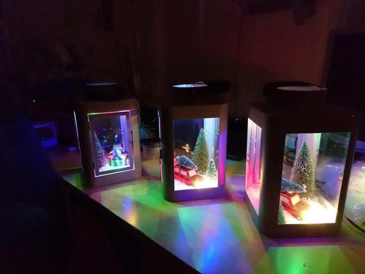 Prosjekt julegave/julepynt 2016 :-)   lyslykt fra Nille, Bil,trær og snø fra søstrene Grene, belysning fra Biltema og Jysk. :-)