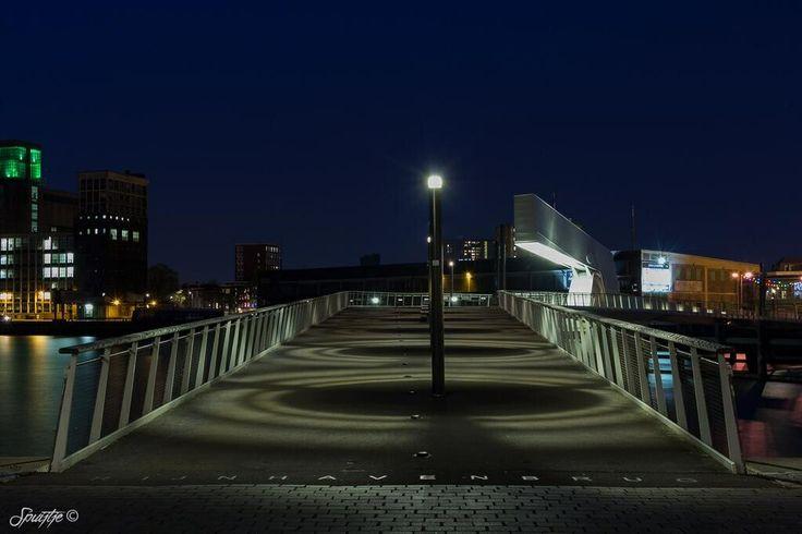 Rijnhavenbrug Rotterdam. Foto door (@Patrick Spuij)
