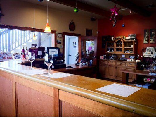 Costa de Oro Tasting Room