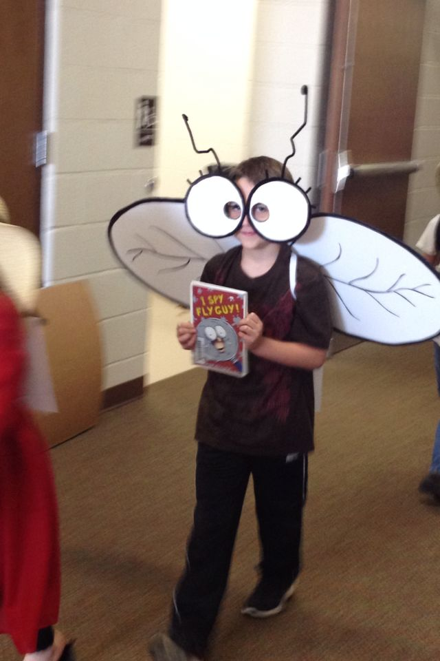 Fly Guy Costume- A great idea for your little one to wear on Storybook Character Day!