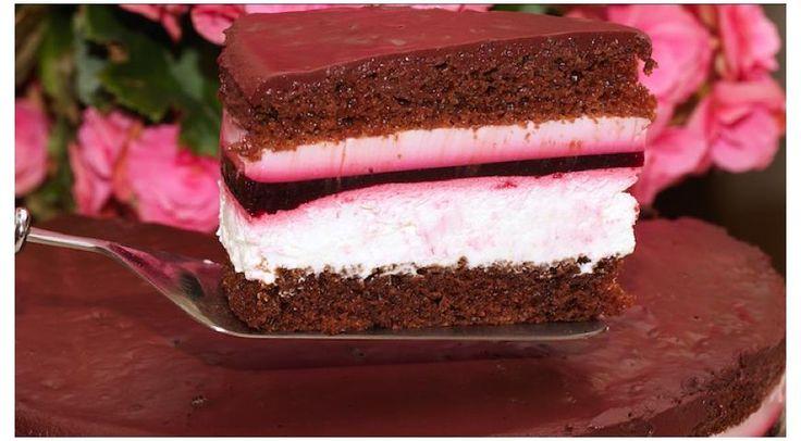 Шоколадный торт со сливочно-смородиновой прослойкой