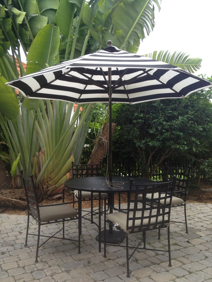 Black And White Outdoor Dining Set