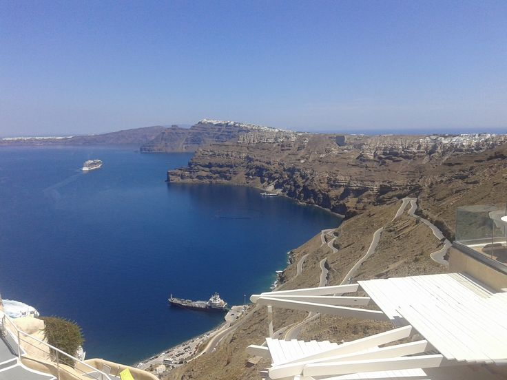Athinios - port of Santorini