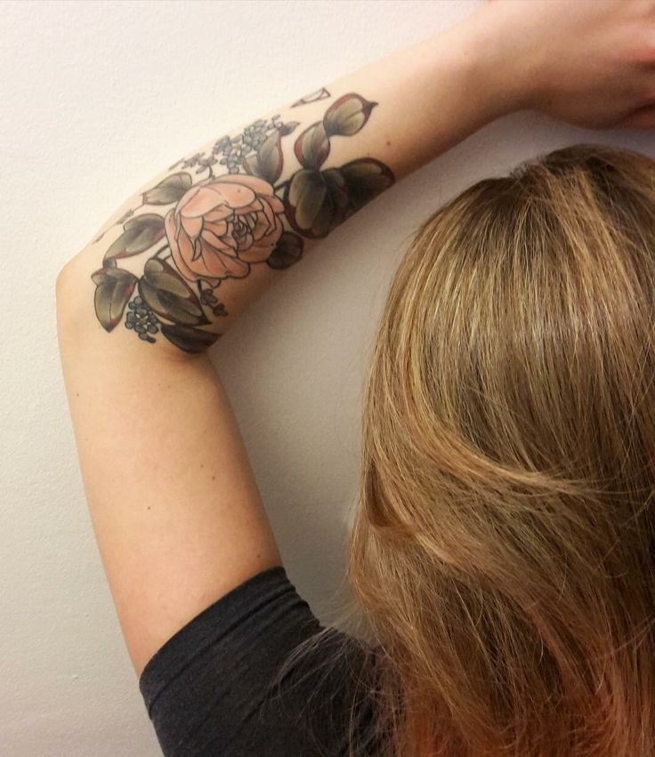 Kirsten Holliday  Floral botany botanical flower tattoo