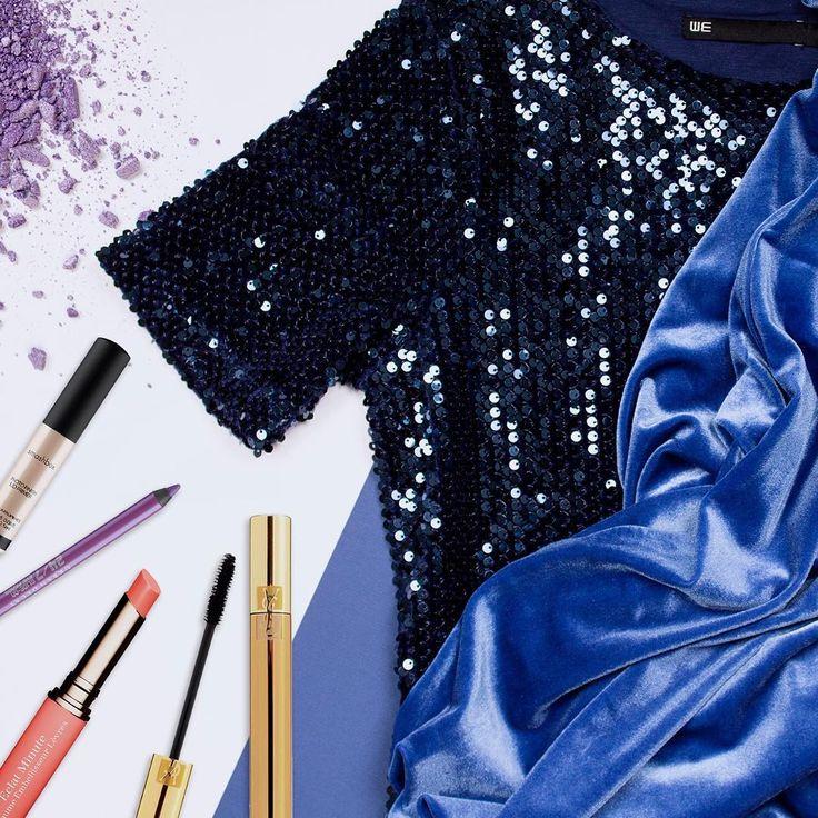 Witte kerst? Geen must! Kies gedurfde knalkleuren voor je oogmake-up en maak je look af met een diepblauwe outfit van WE FASHION.