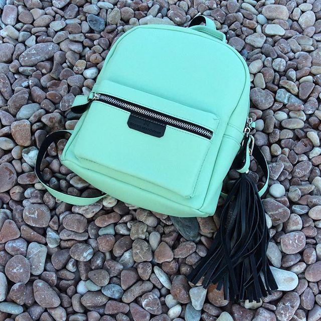 Яркий мятный рюкзачок от бренда К4 #пастила #вкусныебренды #ялта #крым #рюкзак #K4 #tanyakravchenko4 #backpack