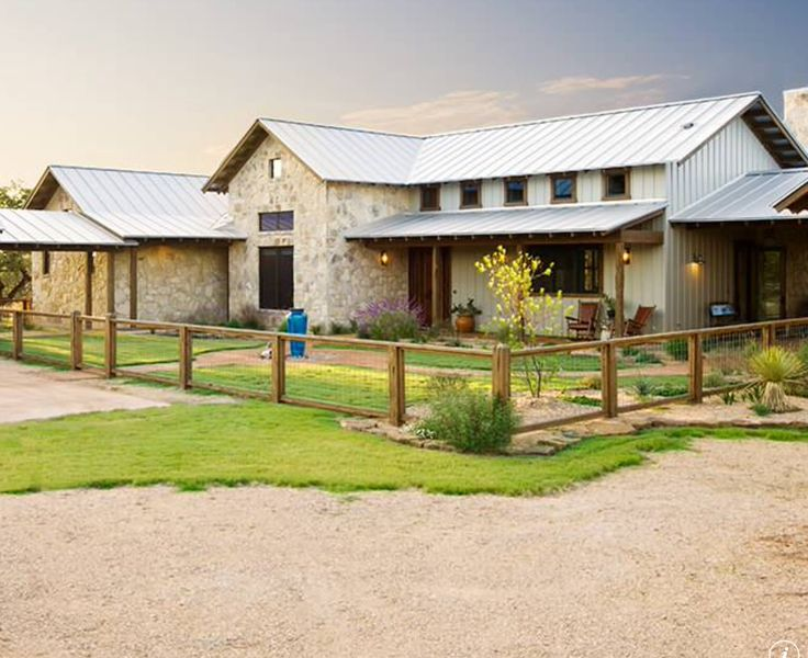 Best 25 rustic exterior ideas on pinterest types of for Ranch style metal homes