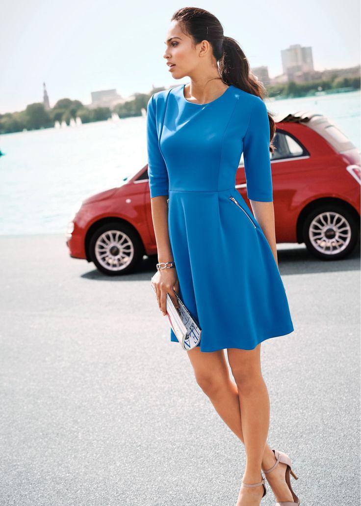 Scuba-Kleid azurblau - BODYFLIRT jetzt im Online Shop von bonprix.de ab ? 29,99 bestellen. Verspieltes Scuba-Kleid der Marke BODYFLIRT mit ausgestelltem ...