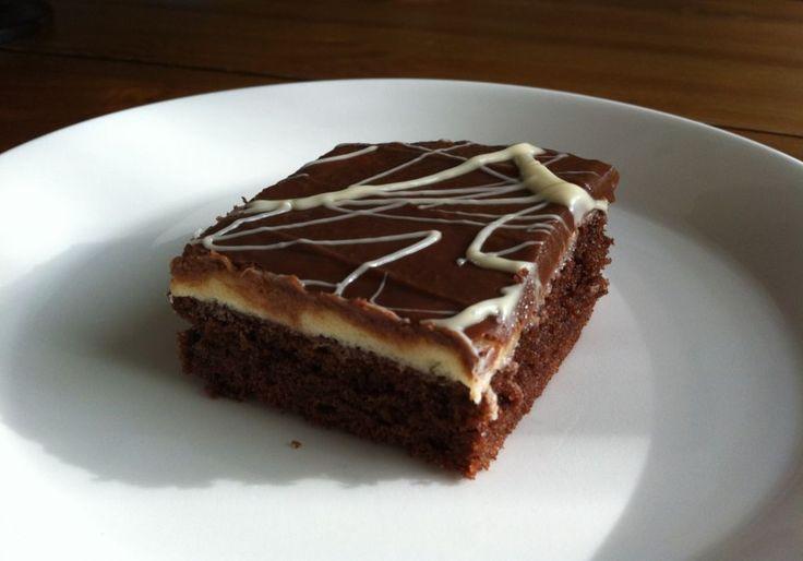 Kinder-suklaamuna voi olla myös kakun muodossa! Käyttäjältä KisMi.