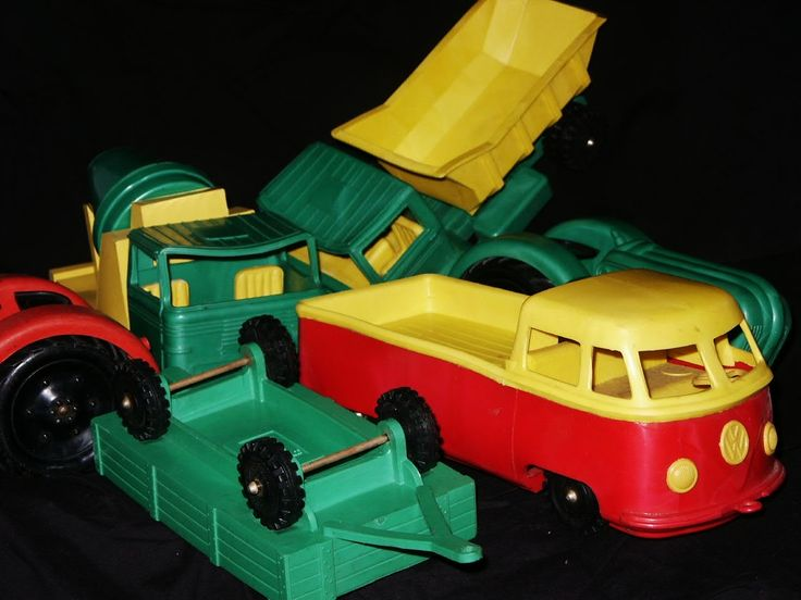 in-stijl.com | Wildebras Speelgoed oa. VW-pickup, Tractoren #D00607