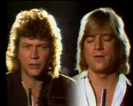"▶ The Moody Blues - ""Driftwood"" [Promotion Video for a Dutch TV-Musicshow, 1978]"