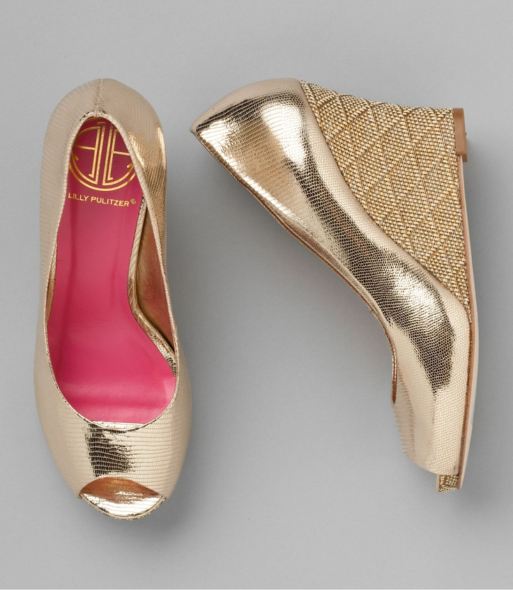 lilly pulitzer gold wedge: Wedges Heels, Lilly Pulitzer, Style, Resorts, Summer Shoes, Gold Footwear, Lilly Wedges, Bridesmaid Shoes, Gold Wedges Repin