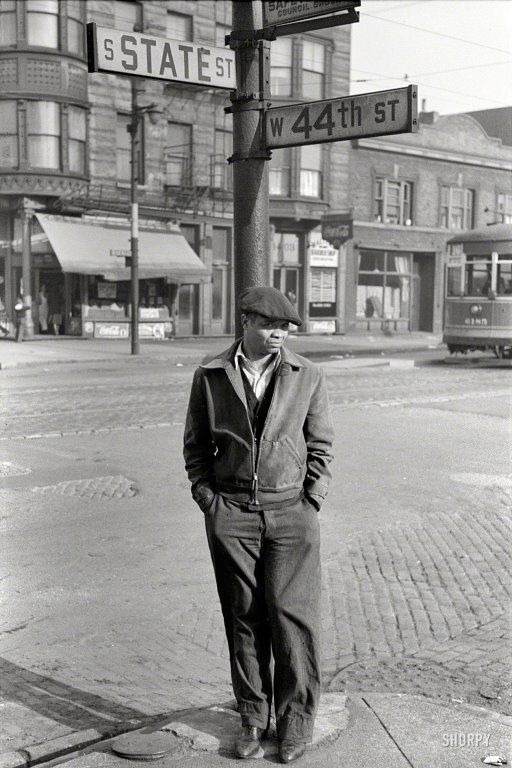 """""""Street scene, South Side Chicago."""" 35mm nitrate negative by Edwin Rosskam for the Resettlement Administration. : State and 44th : 1941"""