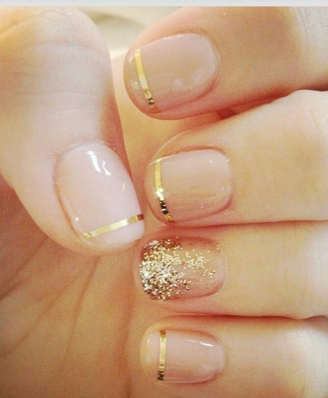 Simple and elegant. Perfect Holiday nails!
