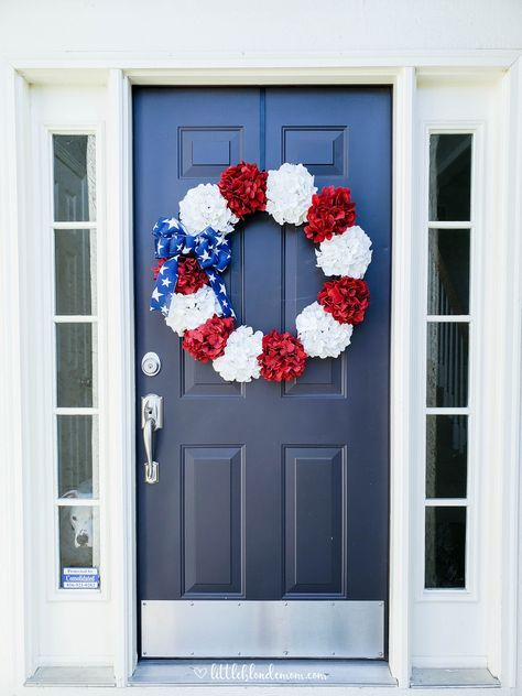 DIY Patriotic Wreath For The 4th Of July