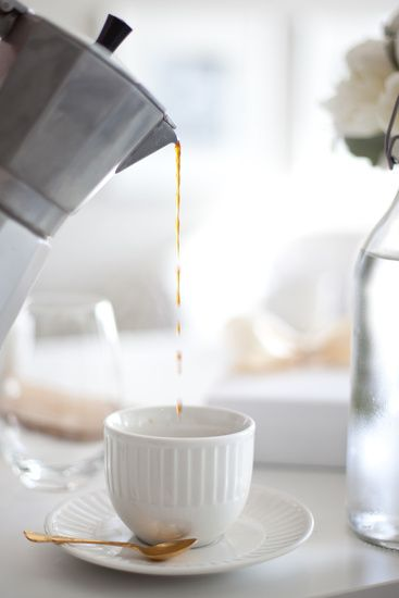 pourCoffee Photography, Coffe Time, Ears Mornings, Teas Time, Cups Of Coffe, Coffe Breaking, Mornings Coffe, Food Photography, Cafes K-Cup