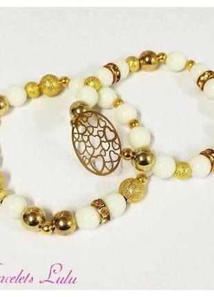 Kupuj mé předměty na #vinted http://www.vinted.cz/doplnky/naramky/10508232-set-bile-a-zlate-naramky-se-srdicky