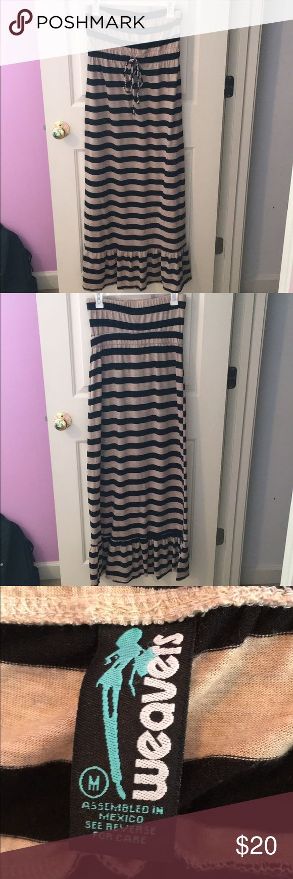 Strapless Black and Tan Striped Max Dress Medium Black and Tan Strapless Maxi Dress- Perfect for summer and the beach!! Only worn once. Dresses Maxi