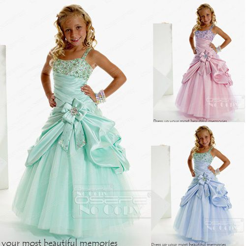 17 best images about mini mari e princesse on pinterest girls pageant dress - Armoire fille princesse ...