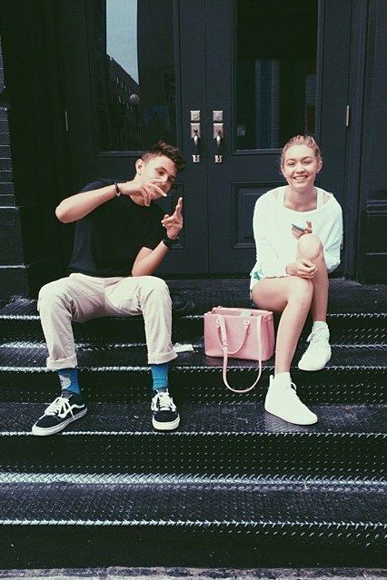 Best Gigi Bella Anwar Hadid Throwback Instagrams: 35 Times Gigi, Bella, and Anwar Hadid Were Total Sibling Goals | Teen Vogue