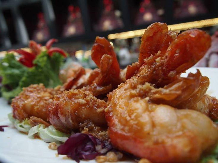 Learn Garlic Prawns Recipe From Thai Square Restaurant