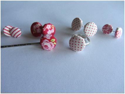 Stoffen oorbellen maken van cover buttons   Snoetjes & Doe'tjes