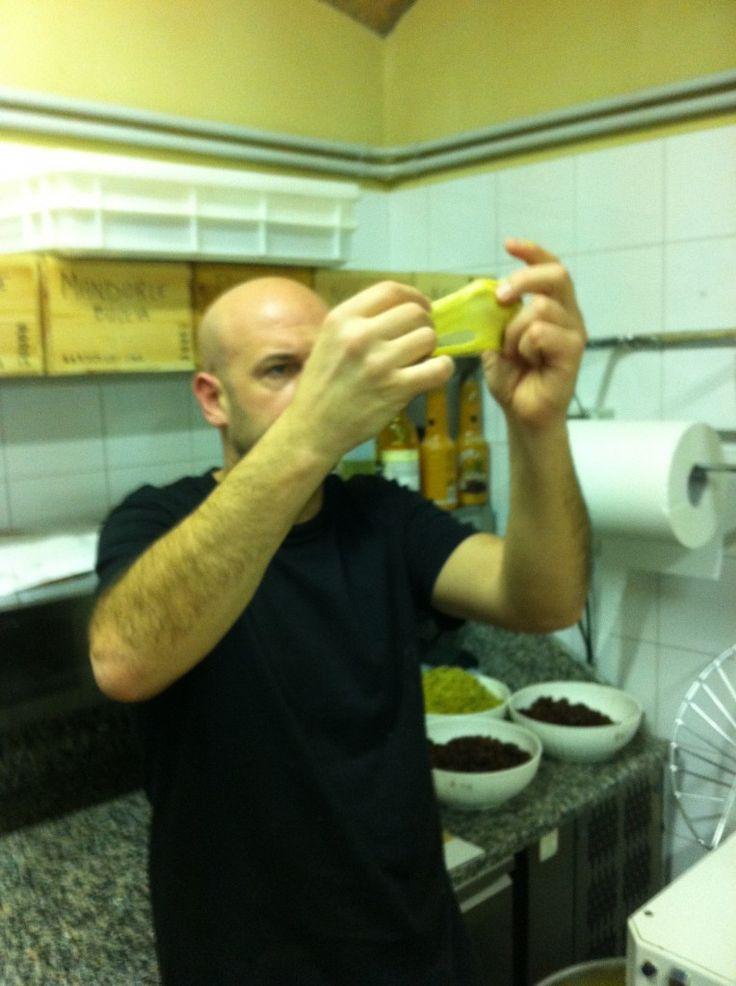 Panettone Artigianale Caffè Carducci Bolgheri - controllo che l'impasto sia apposto