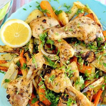 Gremolatarostad vårkyckling med grönsaker på en plåt - Recept - Tasteline.com