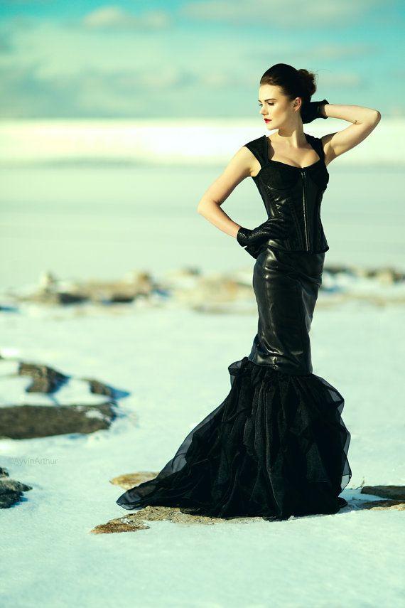 couture-dark-gothic wedding-Black-post apocalytic-gothic-steampunk-prom-alternative-wedding-corset-high end-indie-couture-secret boutique