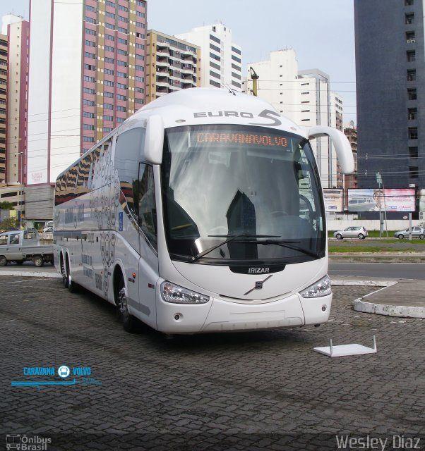 Ônibus da empresa Volvo, carro Irizar PB, carroceria Irizar PB, chassi Volvo B380R. Foto na cidade de Salvador-BA por Wesley Diaz, publicada em 24/08/2012 22:53:26.