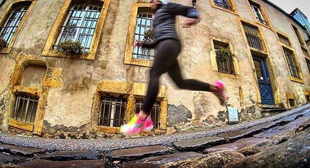 Blur . #Photo @thefitwanderluster . The supreme accomplishment is to blur the line between work and play. - Arnold J. Toynbee . Welcome to #RunnerLand  Lets #follow us / Tag #RunnerLand on your photos / Turn on our post notifications for featured  .