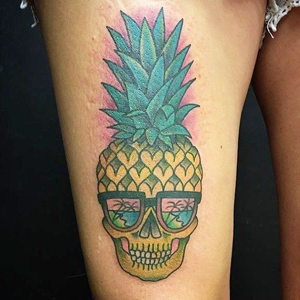 25 best ideas about pineapple tattoo on pinterest cute henna hawaii tattoos and cute hand. Black Bedroom Furniture Sets. Home Design Ideas