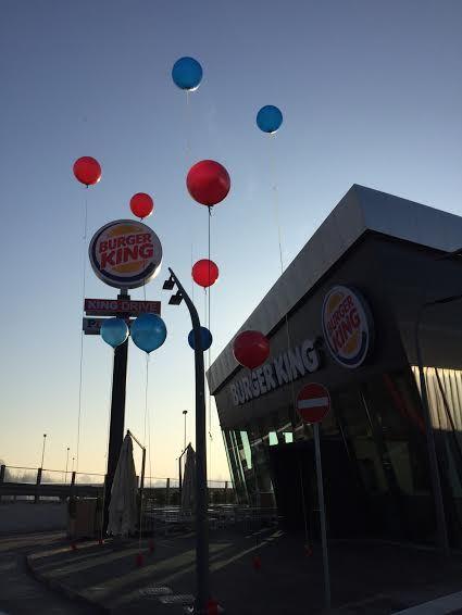Palloni giganti inaugurazione Burger King