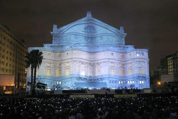 """""""""""Mapping"""""""" en Teatro Colon, por el Bicentenario, Buenos Aires, Argentina"""