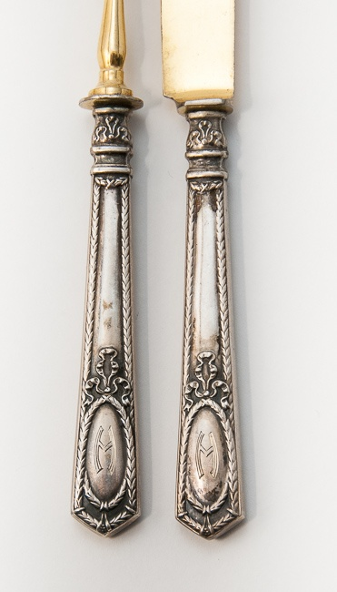 They don't make flatware like this anymore, do they? Design opportunities abound!