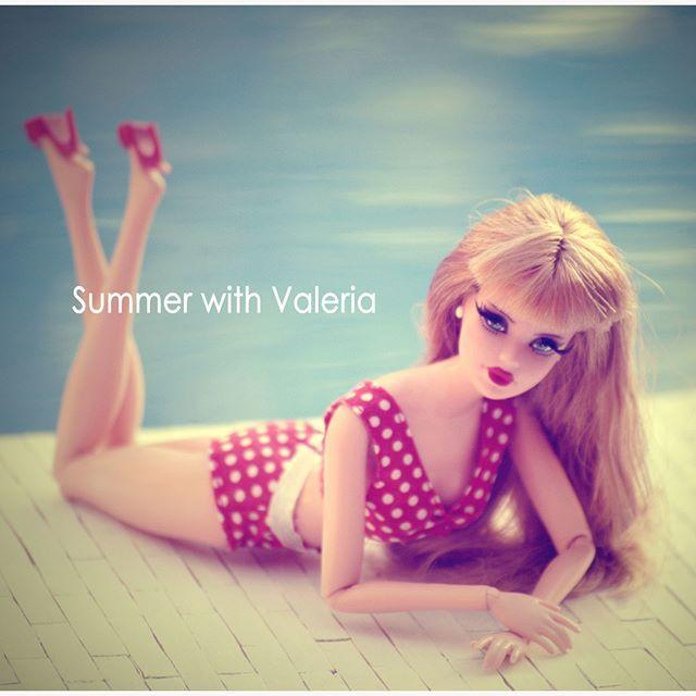 Valeria #jswdolls #doll #ooak #ooakdoll #ooakdollrepaint #repaint #repaintdolls #dollphoto #fashiondoll #mattel #barbie #barbiedoll #barbieplayline