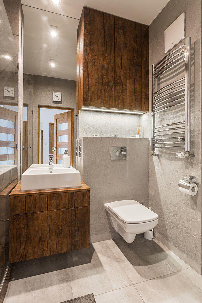 Drewniane szafki w łazience