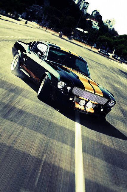isn't this radical or what? 1967 Shelby Mustang GT500 Hot Stuff!