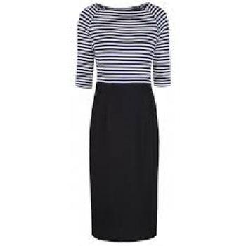 Zwart/wit gestreepte tricot top met grote boothals, en strakke pencil skirt in katoen. Lengte maat L: 107 cm