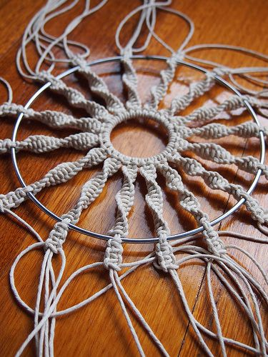 how to make a circular macrame wall hanging by apairandaspare, via Flickr