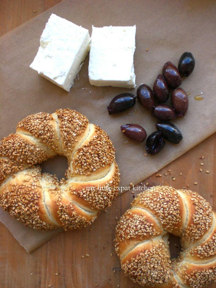 My Little Expat Kitchen: The Greek Simiti / Koulouri