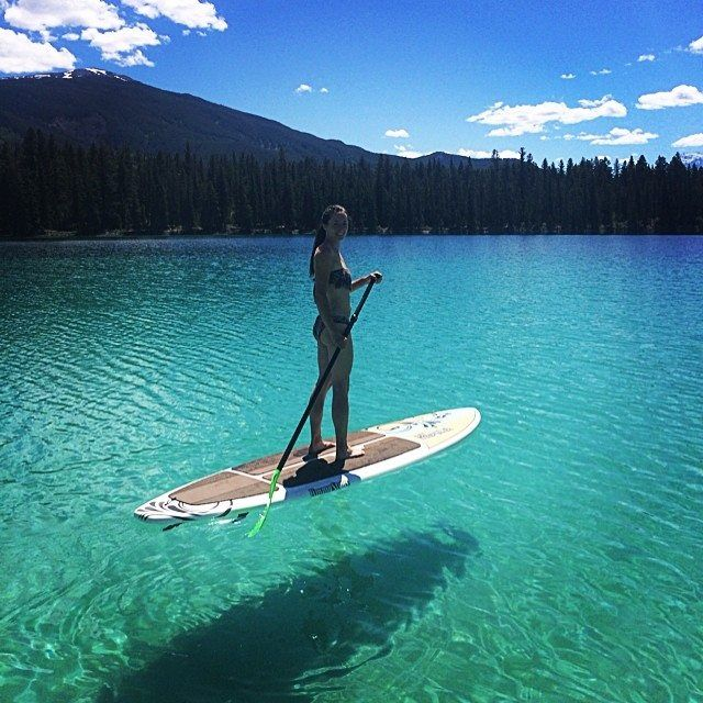 Stand up paddle boarding in Jasper