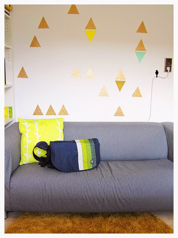 DIY | triangular washi tape wallpaper - quick, pretty and non-residue (if you like to change the looks of your room as often as I do)