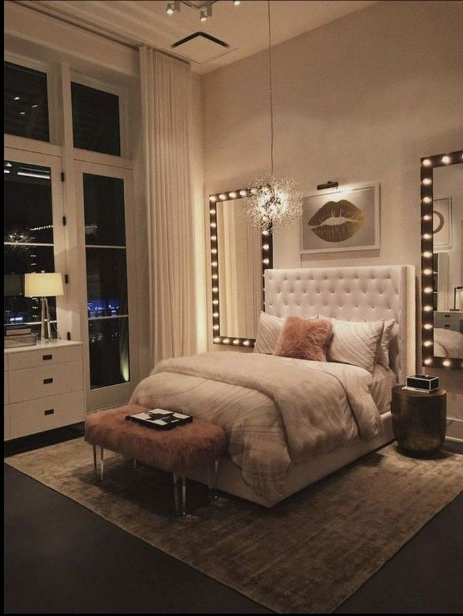 30+ Lovely Vanity Mirror with Lights Ideas (DIY or BUY) #vanitymirror #lightideas #mirrorideas • Homedesignss.com