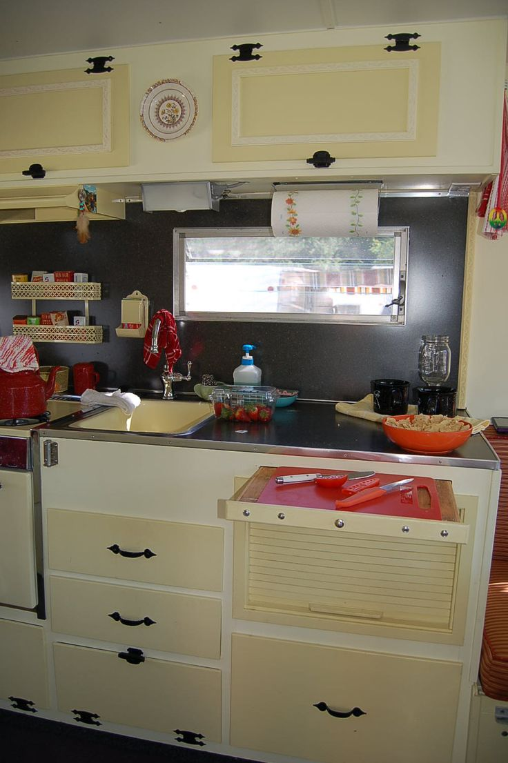 Camper Trailer Kitchen Designs 17 Best Images About Vintage Campers On Pinterest Vintage