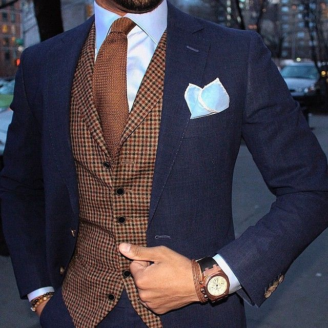 """Blue and brown check by @ovesper
