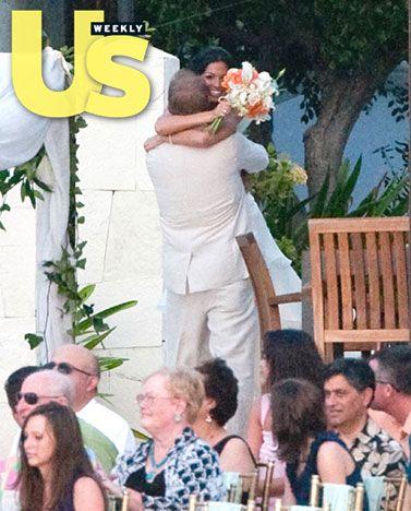 Melissa Rycroft and Tye Strickland hug
