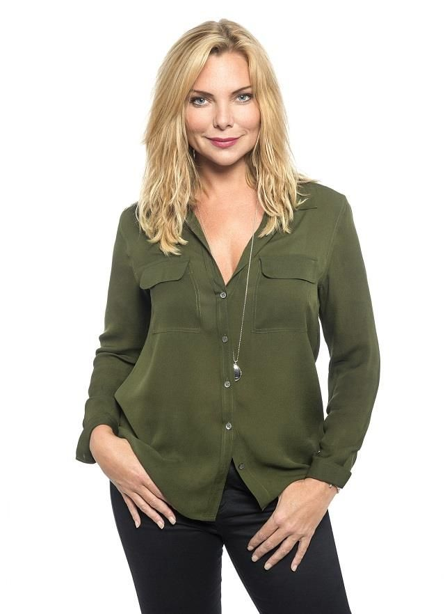 Ronnie Mitchell played by the talented Samantha Womack.